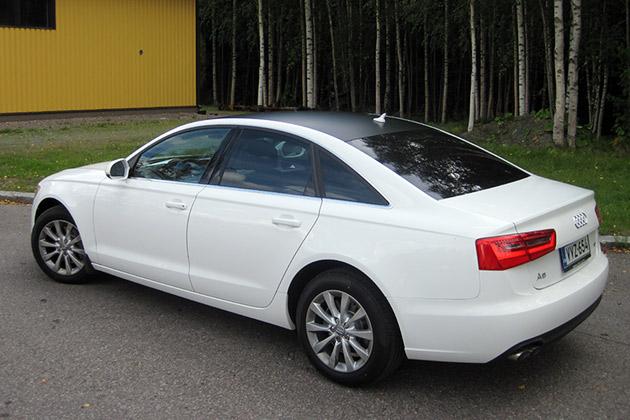 Audi-A6-valkoinen-1