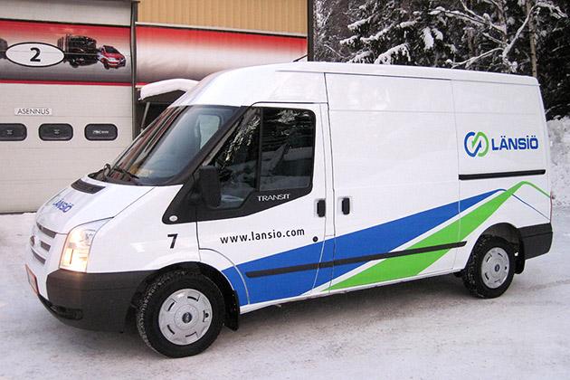 Ford-Transit-valkoinen-11