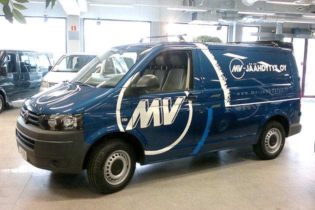 VW-T5-sininen-6